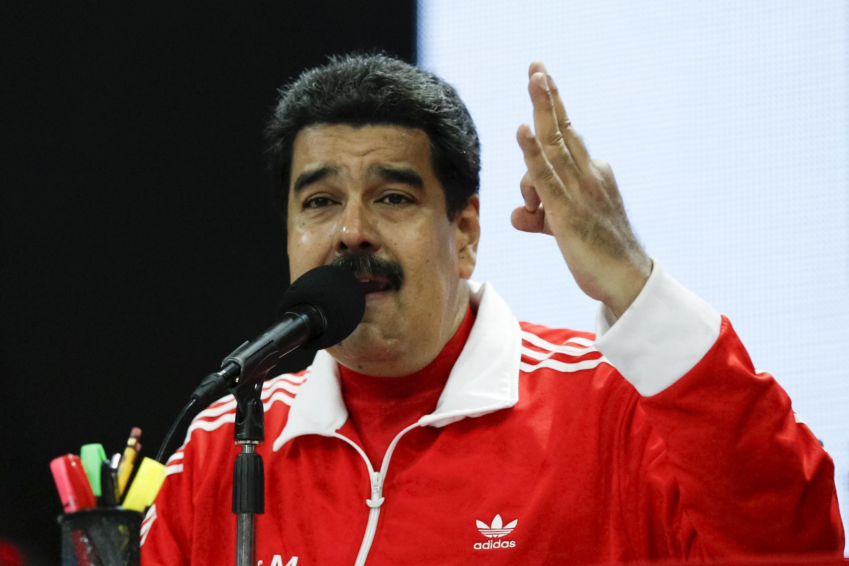 O presidente da Venezuela, Nicolás Maduro, discursa em Caracas
