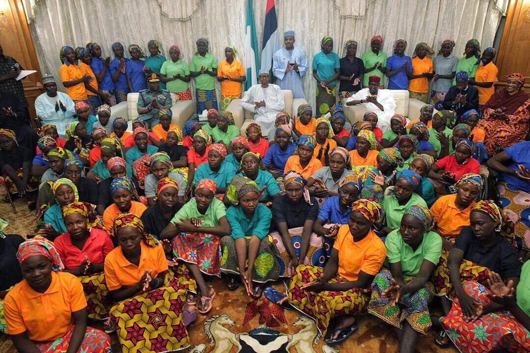 Wasichana wa Chibok 83 walikutana na raisi Buhari Abuja