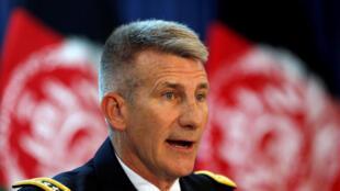 Le général John Nicholson qui dirige les troupes américaines en Afghanistan lors de sa conférence de presse à Kaboul, le 24 août 2017.