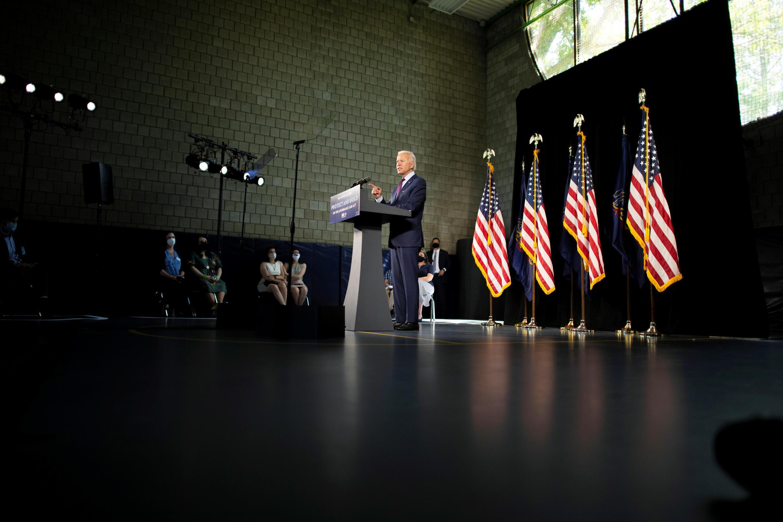 Ửng cử viên tổng thống Mỹ Joe Biden thuộc đảng Dân Chủ tại một cuộc vận động tranh cử ở Lancaster (bang Pennsylvania - Hoa Kỳ) ngày 25/06/2020. Nguyên tắc giãn cách xã hội được ứng cử viên Dân Chủ tôn trọng tối đa.