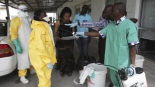 O vírus ébola voltou a surgir na República Democrática do Congo (imagem de ilustração )