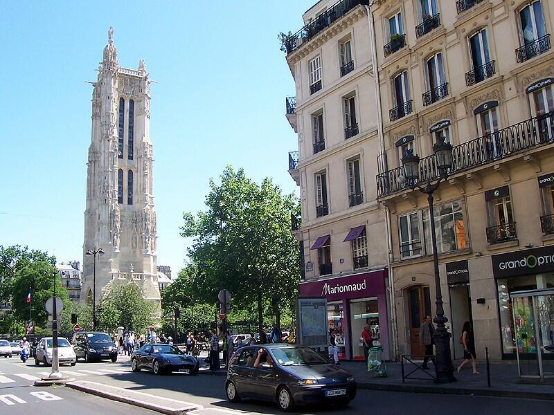 La tour Saint-Jacques, à Paris.