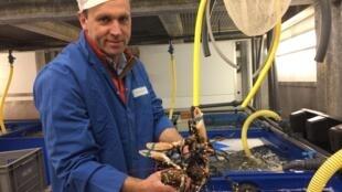 Ronald Scordia dirige une PME dans le secteur de la pêche en Ecosse.