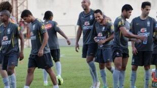 La sélection brésilienne lors de l'entraînement au Gabon, le 8 novembre 2011.