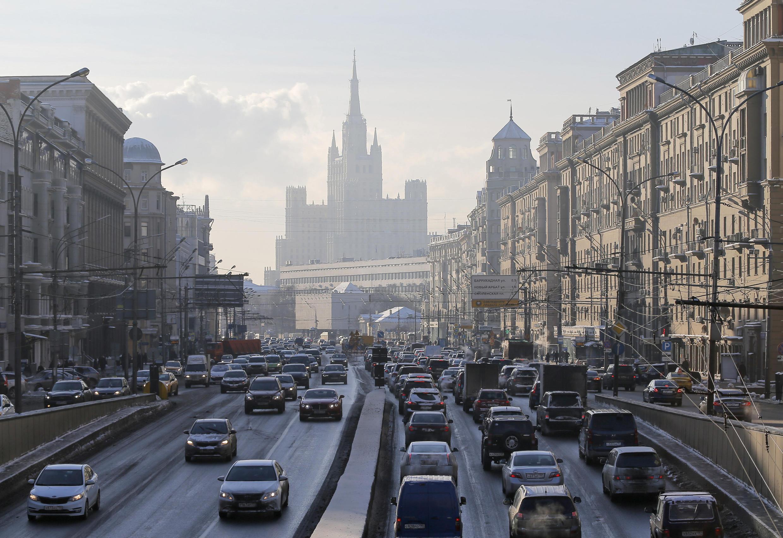 Circulation automobile à Moscou, le 11 janvier 2016.
