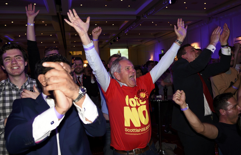 """A reacção dos apoiantes do """"Não"""" à independência, em Glasgow, 19 setembre 2014."""