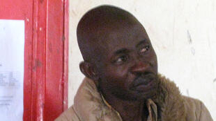 Le journaliste burundais de RFI kiswahili, Hassan Ruvakuki, le jeudi 5 janvier 2012, au tribunal de grande instance de Cankuzo.