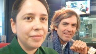 Fritzia Irízar y Gonzalo lebrija en los estudios de RFI en París.