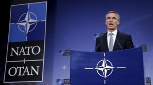 L'intervention russe en Syrie est la marque d'une  « escalade inquiétante » pour le secrétaire général de l'OTAN, Jens Stoltenberg.