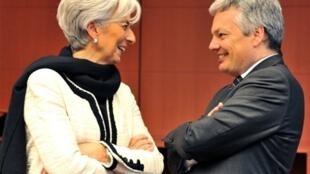 Christine Lagarde (g) et Didier Reynders, lors d'une session de l'Eurogroup à Bruxelles, le 14 février 2011.