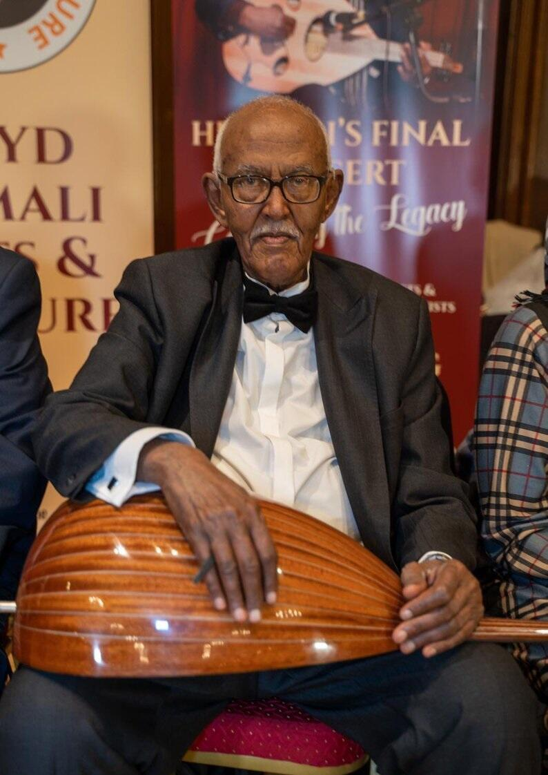 Internationally renowned Somali oud musician Ahmed Ismail Hussein, known as Hudeydi, died in London from coronavirus complications.