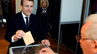 Emmanuel Macron casts his vote on Sunday