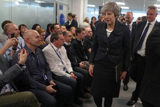 Primeira-ministra britânica em encontros na Irlanda do Norte a 5 de Fevereiro de 2019.