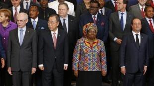 Líderes da 4ª Cimeira União Europeia / África em Bruxelas