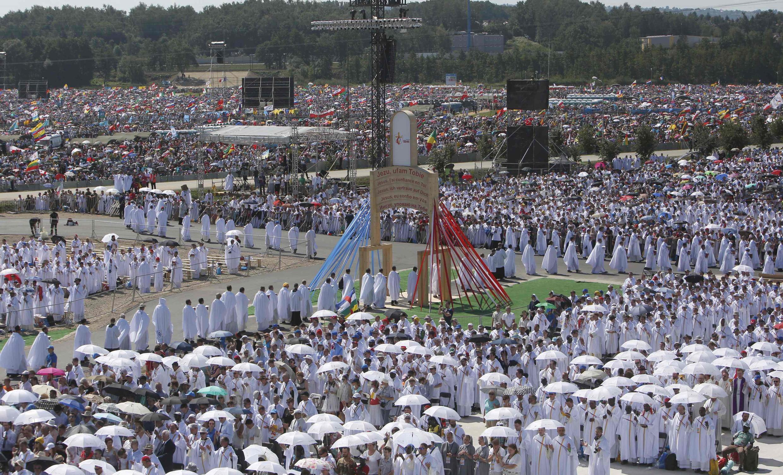 Cảnh sau thánh lễ ở Brzegi, gần Krakov, Ba Lan, kết thúc Ngày Thanh Niên Công Giáo Thế Giới. Ảnh ngày 31/07/2016.