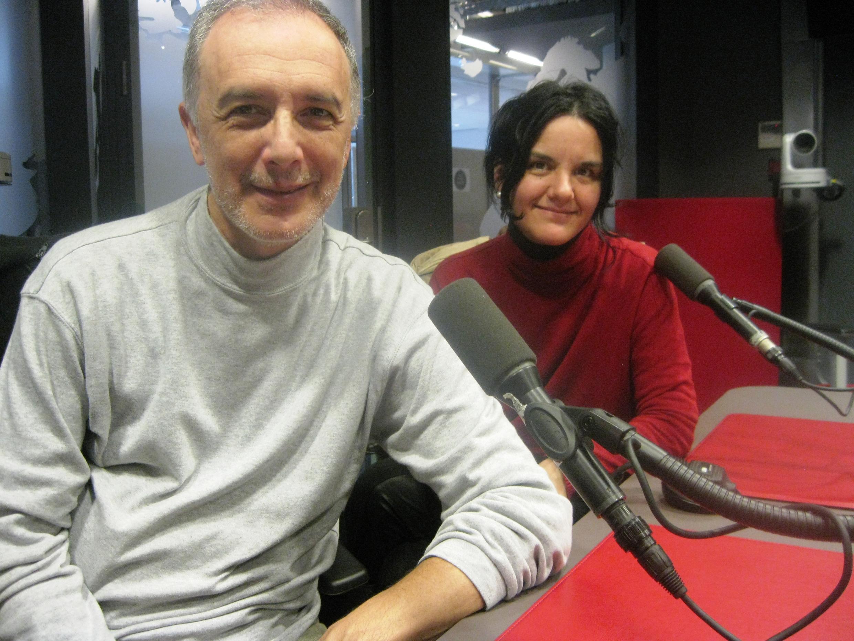 Claudio Méndez y Gabriela González en RFI.