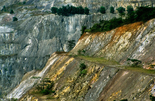 Mine d'or à ciel ouvert d'Obuasi, au Ghana.