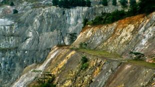 La mine d'or à ciel ouvert d'Obuasi, au Ghana.