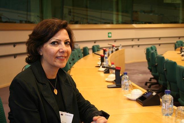 آزاده کیان استاد جامعه شناسی در دانشگاه پاریس
