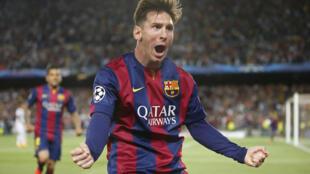 Lionel Messi marcou dois gols na goleada de 3 a 0 do Barcelona sobre o Bayern de Munique. .