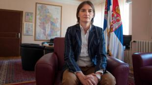 Ana Brnabic, 41 ans, première femme Première ministre en Serbie et première personne ouvertement homosexuelle à occuper ces fonctions.