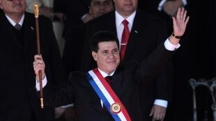 El presidente paraguayo Horacio Cartes durante la ceremonia de toma de posesión de su cargo en Asunción, el pasado 15 de agosto de 2013.