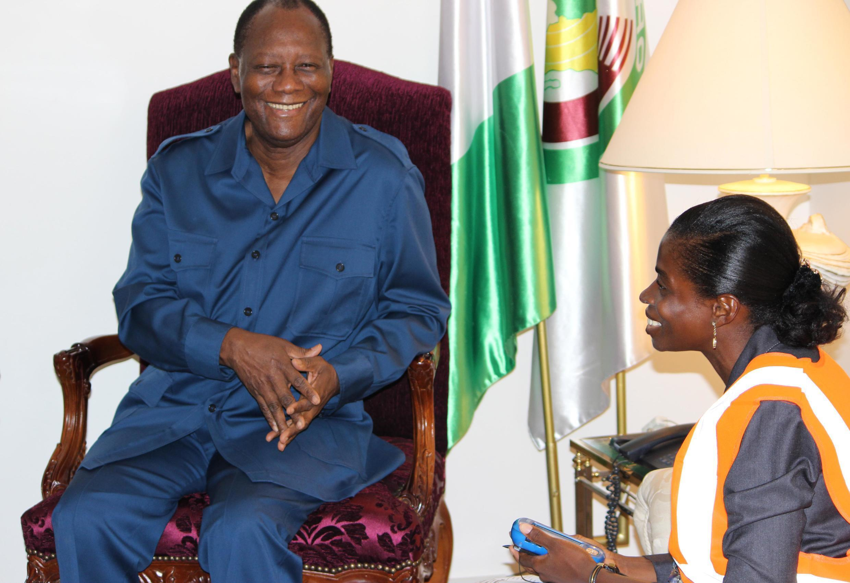 O presidente da Costa do Marfim, Alassane Ouattara, foi o primeiro a responder ao censo informatizado.