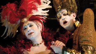 Max Emanuel Cencic et Franco Fagioli, dans l'opéra «Cantone in Utica», de Leonard Vinci, à l'Opéra Royal de Versailles.