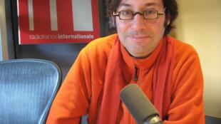 Oscar Strasnoy en RFI.