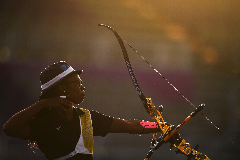 L'archère tchadienne Marlyse Hourtou lors des Jeux olympiques de Tokyo 2021.