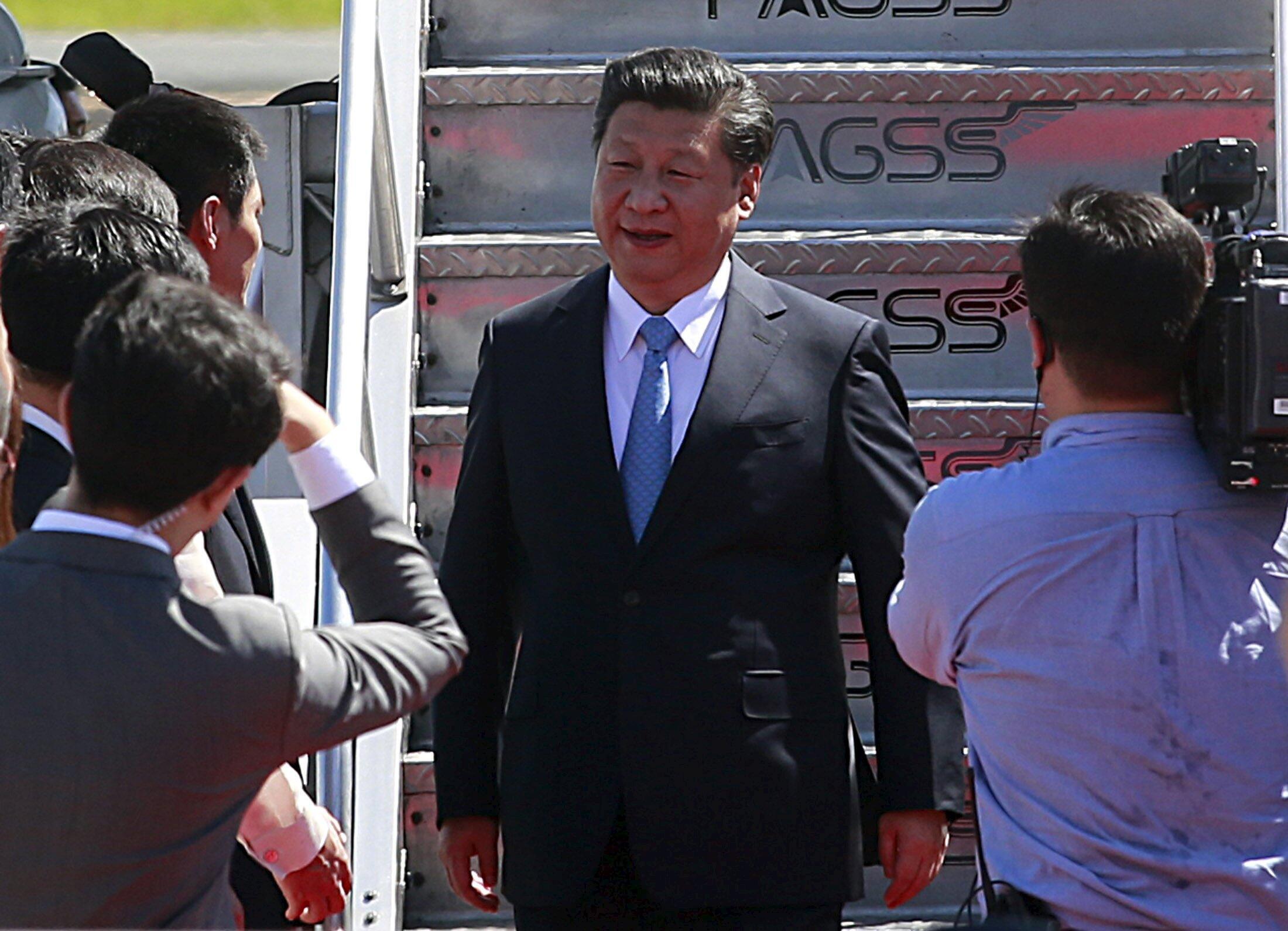 Le président chinois Xi Jinping lors de son arrivée à Manille, le 17 novembre 2015.