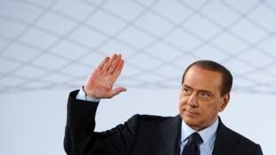 Primeiro-ministro da Itália, Silvio Berlusconi, vai receber o presidente francês nesta terça-feira, em Roma.