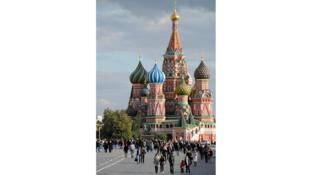 En Russie, pour le Nouvel An, une partie de la population est partie en vacances, la vie s'est comme suspendue.