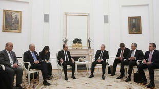Os presidentes Hollande e Poutine no passado dia 26 de novembro em Moscovo