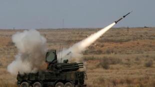 """俄羅斯首次將""""鎧甲-S""""彈炮合一防空系統,運抵敘利亞卡米什利             2019年11月14日"""