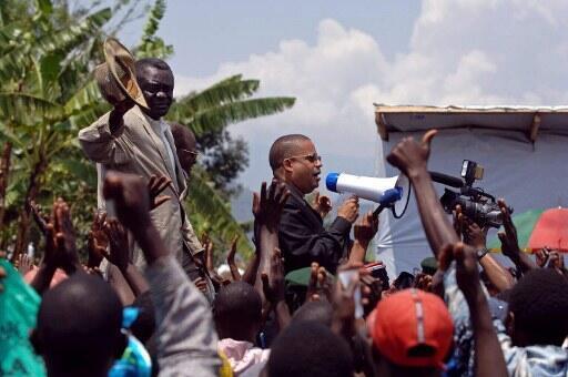 Jean-Claude Muyambo (avec le haut-parleur) en 2007.