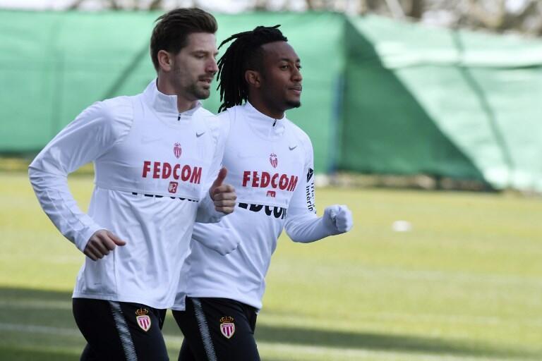 Adrien Silva (esquerda) e Gelson Martins (direita), internacionais portugueses, chegaram durante o mercado de inverno ao Mónaco, emprestados respectivamente pelo Leicester e pelo Atlético Madrid.