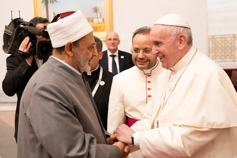 Papa Francis na Imamu wa Msikiti wa Al-Azar Ahmed Mohamed el-Tayeb, Abu Dhabi, Februari 3, 2019.