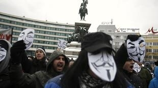 Manifestantes enfrentaram o frio em Sofia, na Bulgária, para protestar contra o ACTA.