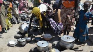 Des réfugiés nigérians, qui ont fuit Boko Haram, dans le camp de Minawao, situé dans l'Extrême-Nord du Cameroun.