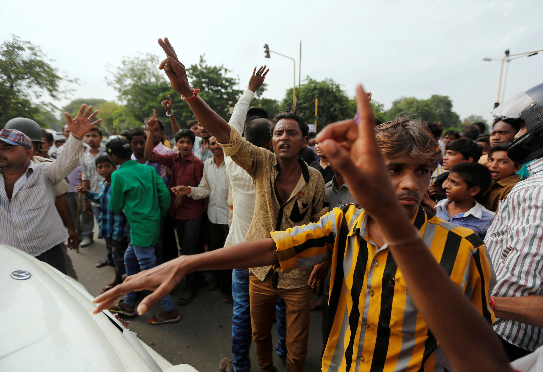 Manifestation à Ahmedabad en Inde après l'agression d'intouchables, le 20 juillet 2016.