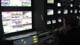 A FIFA e a UEFA tiveram seus recursos negados para retransmissão dos jogos em canais fechados.