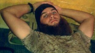 Foto do jihadista francês Michael dos Santos, de 22 anos, publicada em sua conta no Twitter.