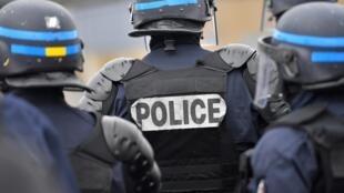 Во Франции и Швейцарии провели антитеррористическую операцию