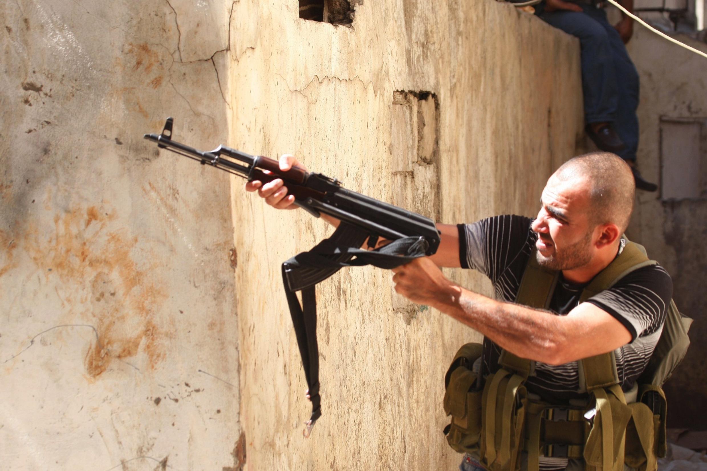 A Sunni fighter in Tripoli