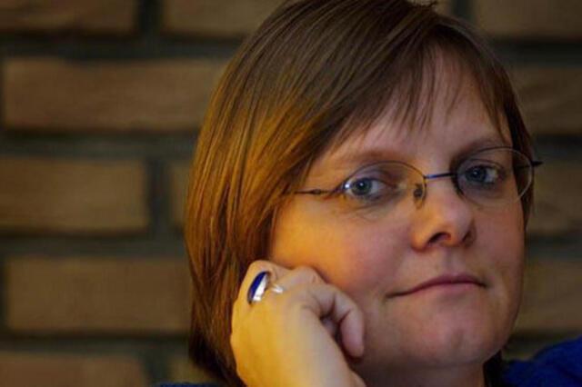 خانم آنیا دی بیر برای یک نهاد غیر دولتی سویس در افغانستان کار می کرد.