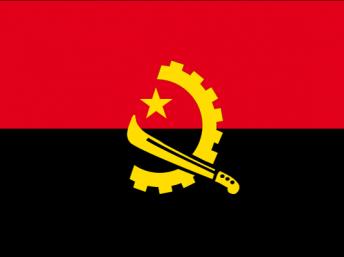 A bandeira nacional de Angola