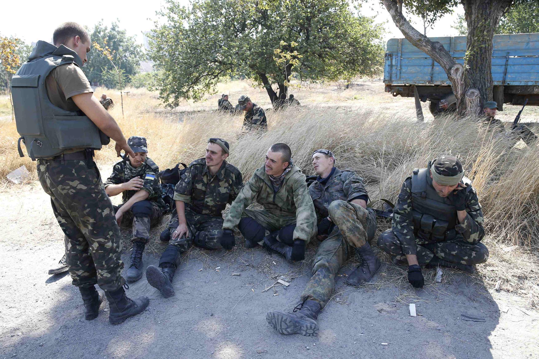 Солдаты батальона «Азов», Мариуполь, 5 сентября 2014 года