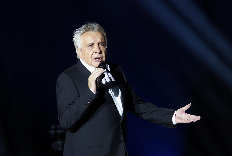 Michel Sardou giải nghệ ca hát năm ông tròn 70 tuổi