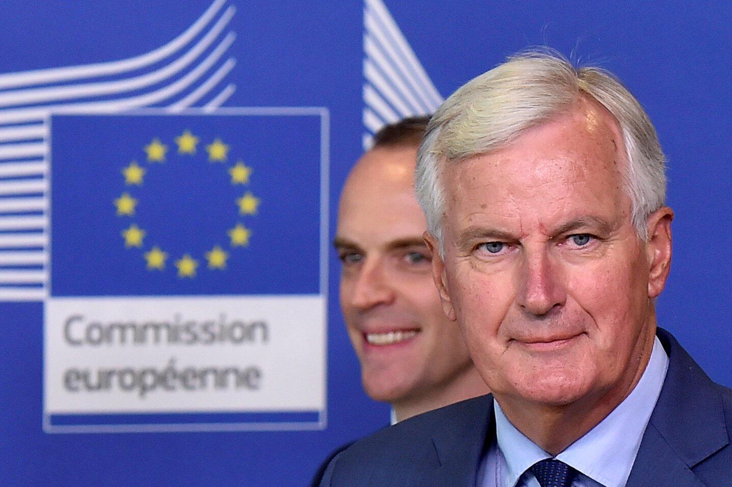 Michel Barnier, négociateur en chef européen sur le Brexit, et Dominic Raab,  ministre britannique du Brexit à Bruxelles.